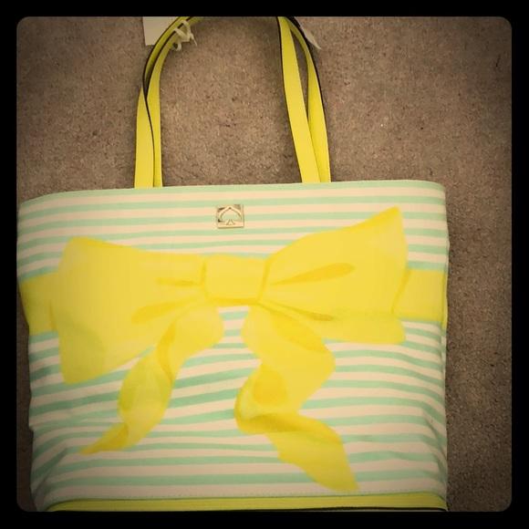 kate spade Handbags - Kate Spade Poplar Court beach bag
